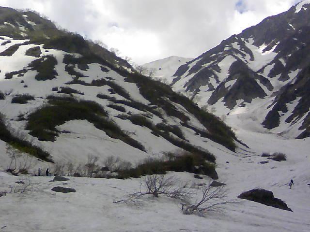今日の白馬大雪渓です