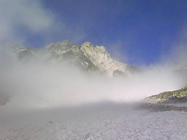 今日の白馬大雪渓〜白馬岳