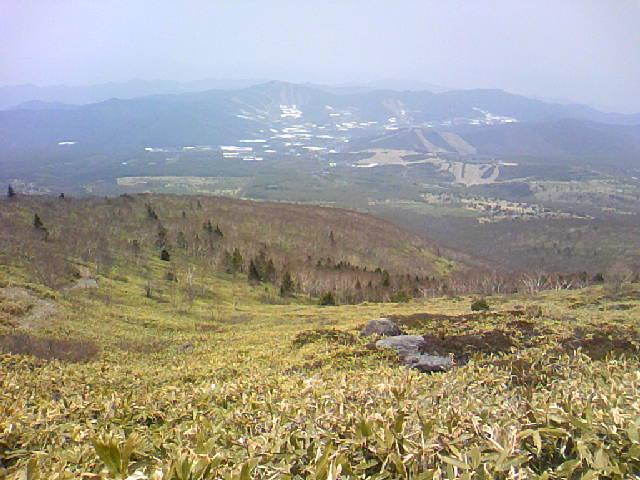 根子岳から菅平高原の景色