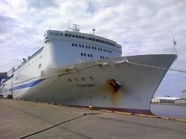 新潟港。新日本海フェリーです。