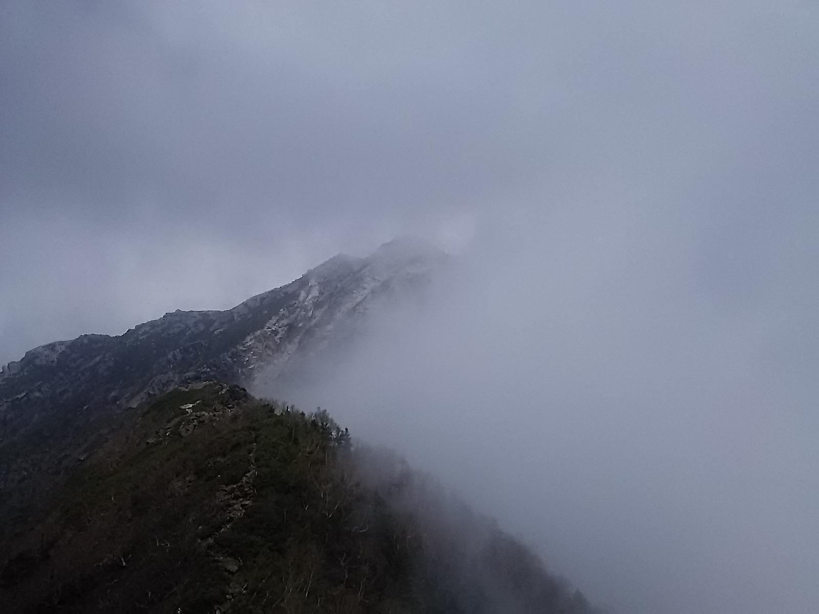 今日は南アルプス、甲斐駒ヶ岳です。